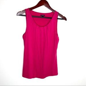 Ann Taylor pink tank top with pleated collar Med
